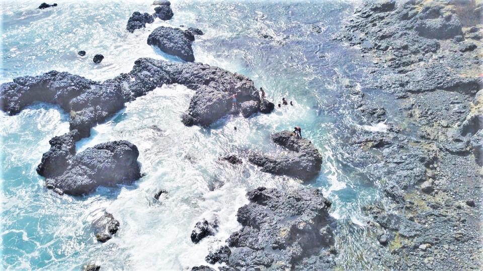 KAREKA / coast area-development with natural pools